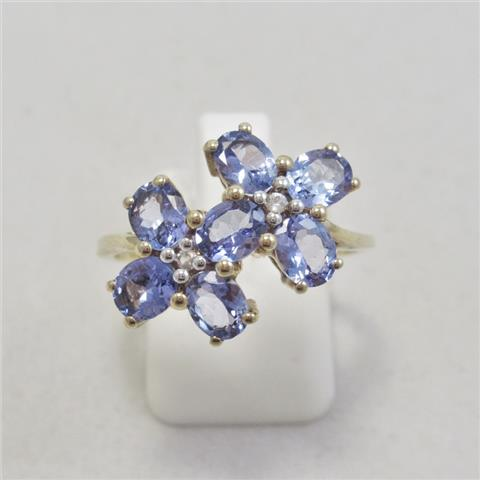 Tanzanite & White Zircon Ring
